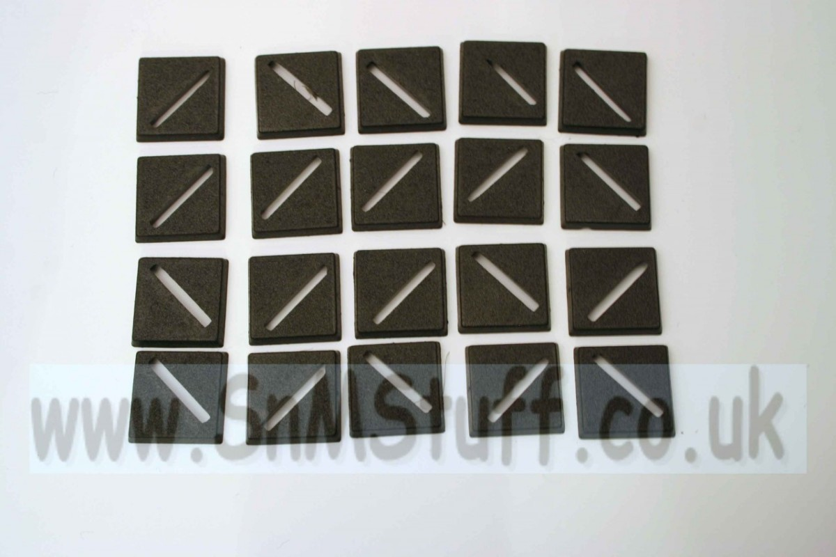 Bases: Square 20mm x 20mm - bag of 20
