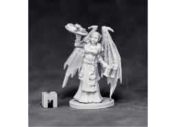 Reaper Dark Heaven Legends 03886 Innkeeper Sophie